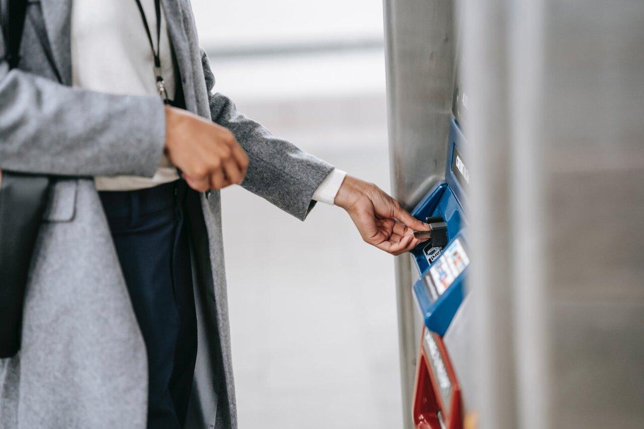 Как Оформить Кредитную Карту с Доставкой на Дом